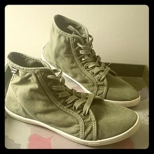 EUC Billabong High Tops ☆ Size 7